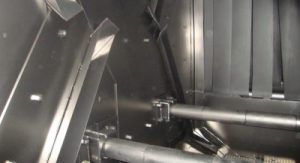 revestimiento-interno-camara-de-granallado-equipo-perfiles-y-estructuras-cym